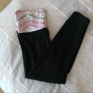 Cute Victoria's Secret Capris / Leggings
